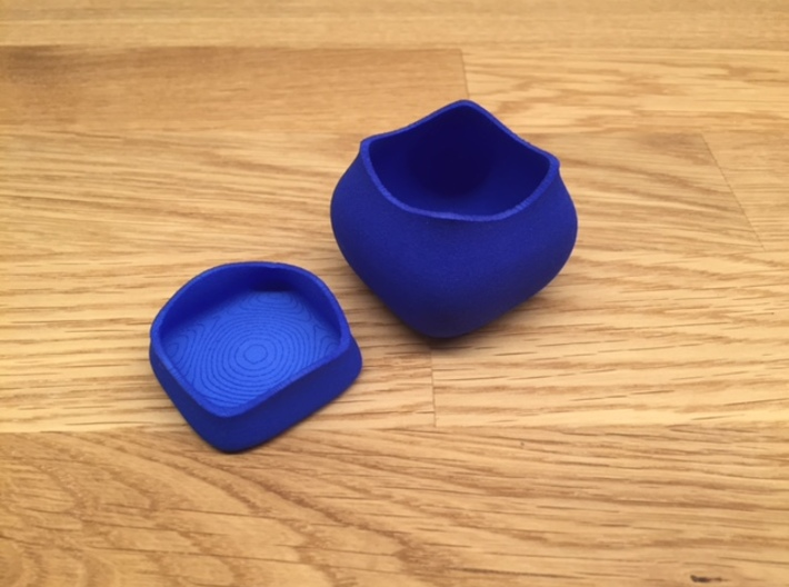 Jewel ring or cufflink keeper (BASE only) 3d printed Lid and base shown