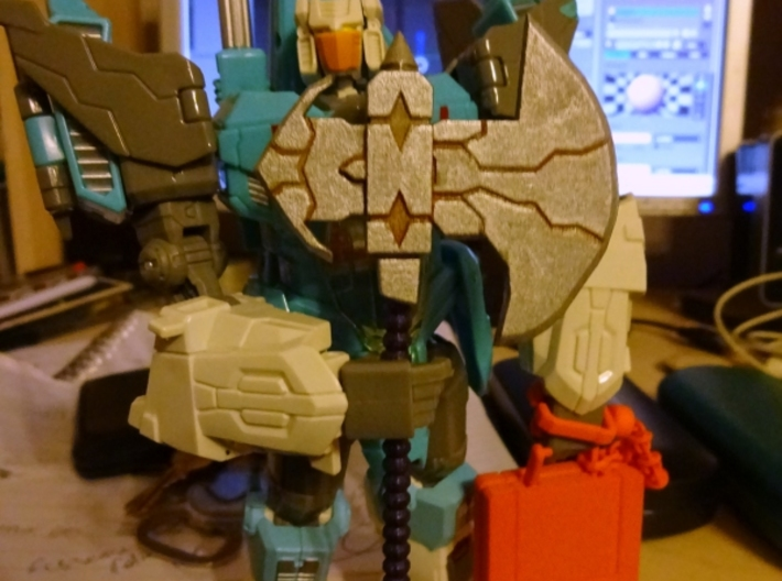 Galvatron's Axe 3d printed Painted, with Transformers: Generations Brainstorm. I Also in shot, fakebusker83's briefcase: http://shpws.me/HbNn