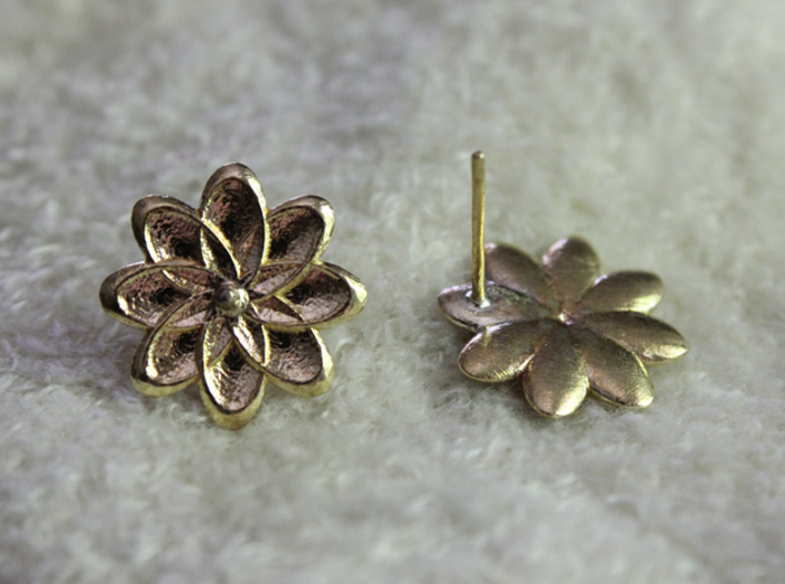 Floral Stud Earrings 3d printed Product shown is printed in Raw Brass.