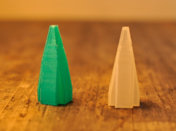 Foldable Chess Set Pieces (16 Pieces) 3d printed Queen