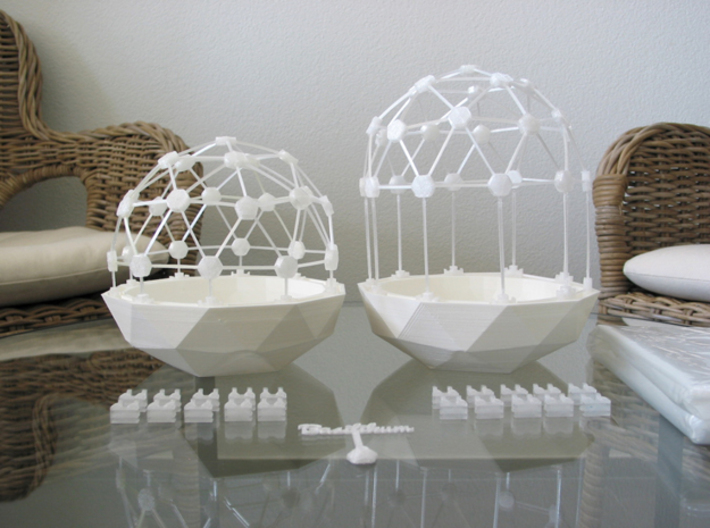 Connector-Set #1 for Flexible Mini Greenhouse-Dome 3d printed Flexible Mini Greenhouse-Dome with Pot (Sets short and long). Own 3D-prints with white/transparent PLA.