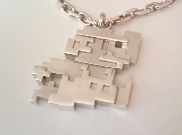 Mario 8-bits 3d printed Photo Polished Silver