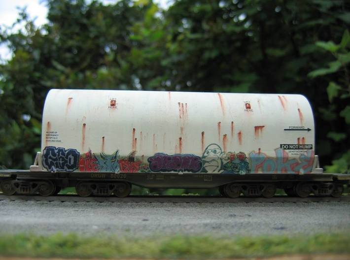 HO 1/87 NASA shuttle SRB flatcar cover pair 3d printed If you'd like a single SRB cover railcar in your consist, here's a good reason to run one. No longer used, this one is heading for a museum.