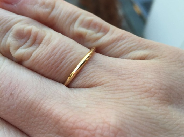 Penta Ring - An unconventional Wedding Ring 3d printed Polished Bronze