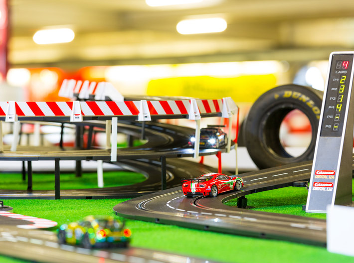Pimp your Carrera race track 3d printed