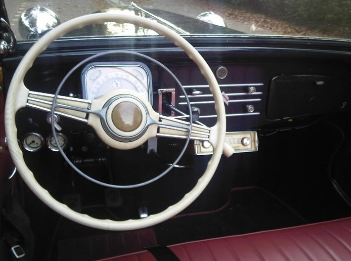 Steering wheel, Filling Pin - Citroen Traction 3d printed Old example