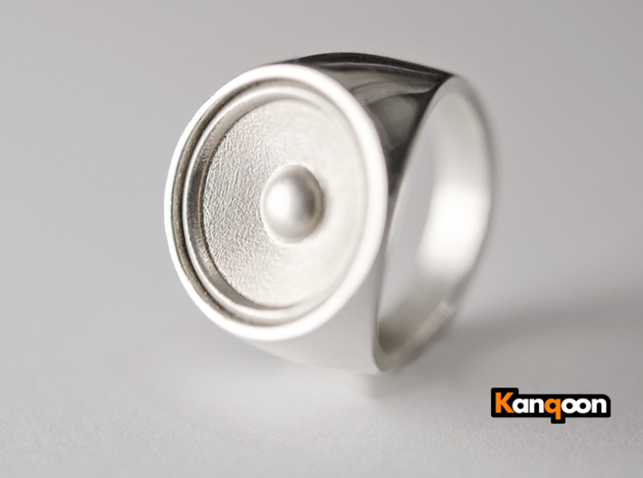 Screaming Sister - Signet Ring  3d printed Polished Silver printed in US 9