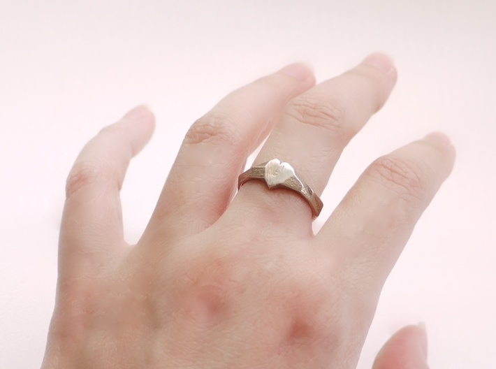 Faceted Heart Ring  3d printed
