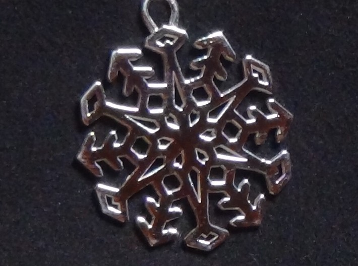 Snowflake Pendant #3 3d printed New Snowflake Pendant in Beautiful Polished Silver
