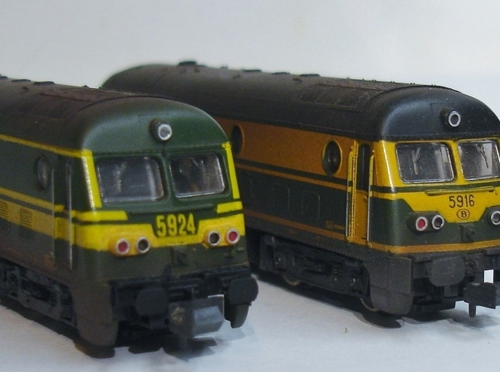 8X Buffers NMBS - SNCB HLD59 Roco 1/160 3d printed Painted in black on Roco 5924