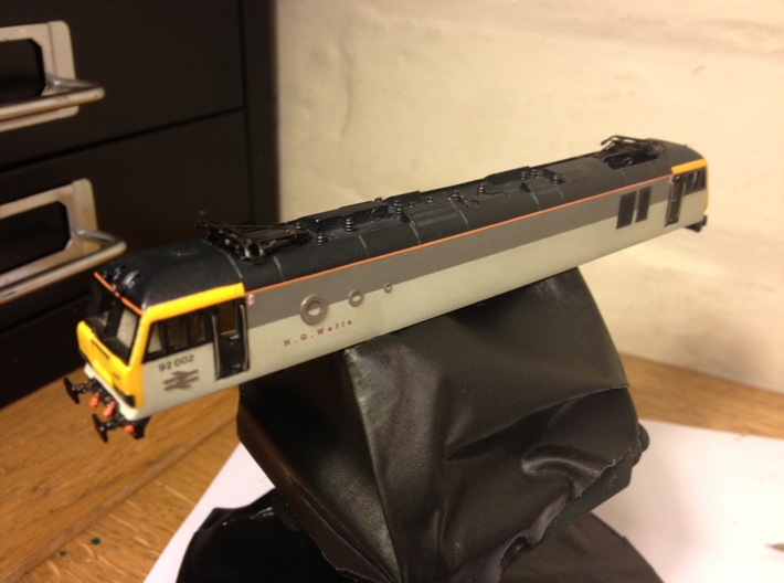 Class 92 Body Shell for N Gauge, 1:148th Scale 3d printed Another version of the initial test build. This is now running on a Class 60 chassis.
