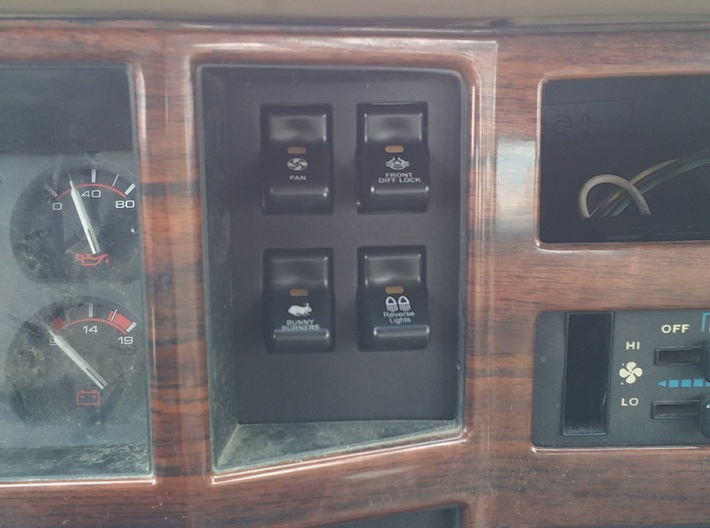 4 Switch Clock Panel for 84-96 XJ and MJ 3d printed
