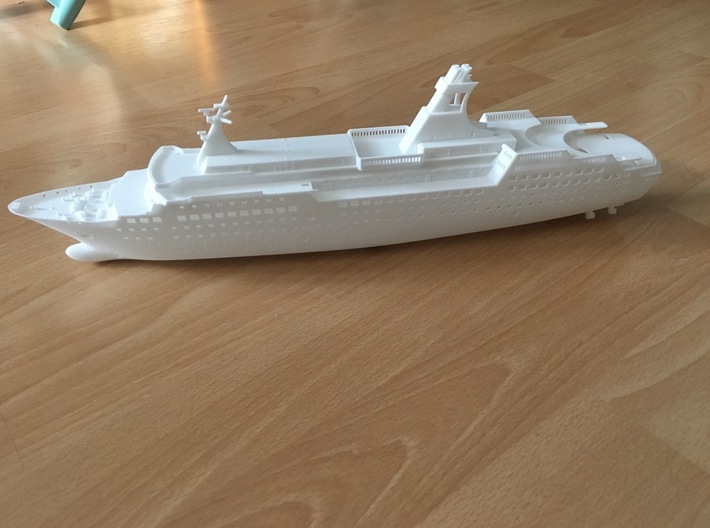 Arkona, Hull (1:400, RC) 3d printed Complete model (details and decks need to be ordered separately)