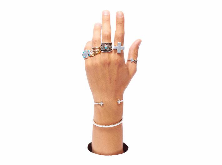 Triple Plus Ring 3d printed Triple plus ring on thumb