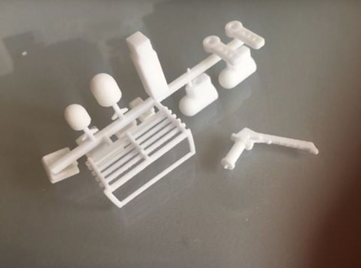 HMCS Kingston, Details 1 of 2 (1:200, RC) 3d printed some of the parts