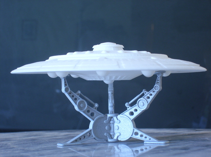 Tarriene 8 Sphere Star Ship Kit-Twist Join 3d printed A 1/2500 Scale Model-Stand Not included