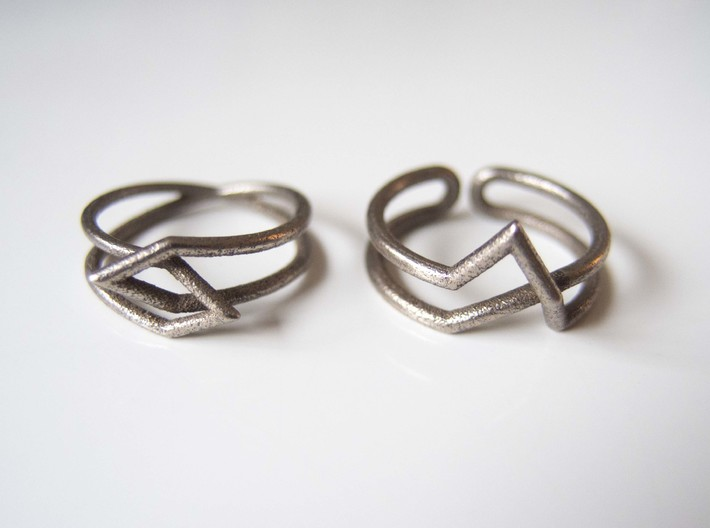 Interlocking Triangles Ring 3d printed Stainless steel