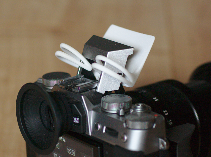 Bounce Buddy - Bouncer for the internal flash! V2 3d printed Bounce Buddy mounted on Fuji X-T10