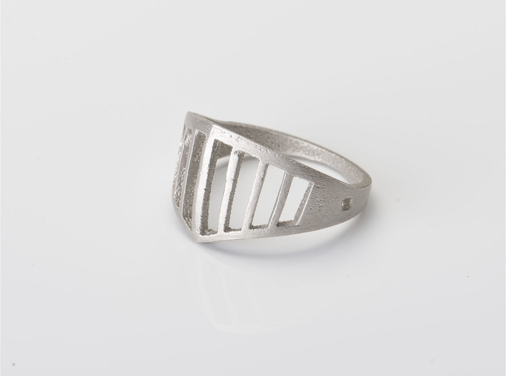 visor ring 3d printed Sterling Silver Cast, coarse surface