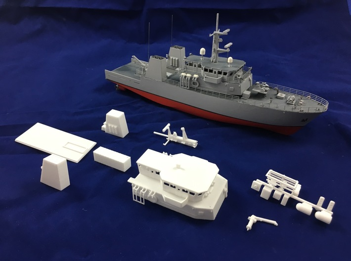HMCS Kingston, Details 1 of 2 (1:200, RC) 3d printed all parts of the set of details for HMCS Kingston