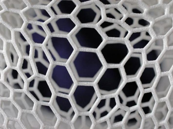 Honeycomb-borromean-surface 3d printed Description