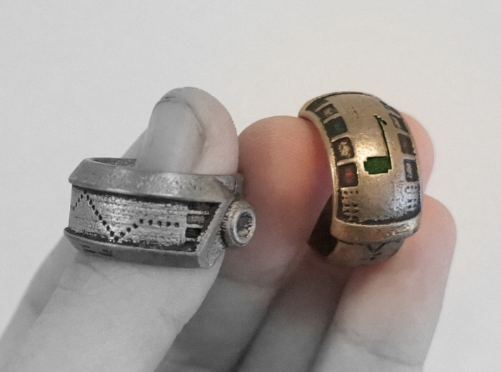 Robot Ring (Gold) 3d printed Read Below