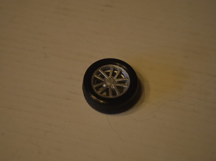 1/25 Scale Monogram/Revell 2002 SS Camaro TenSpoke 3d printed Completed wheel and tire combo.