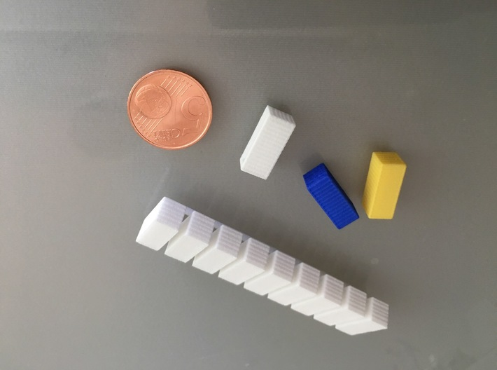 20 Foot Container, 9 pieces (1:350 scale, hollow) 3d printed several colors, some on sprue