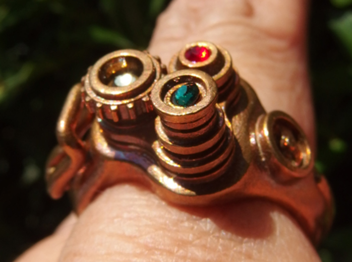 Retro movie camera Ring (Light type) 3d printed Incorporating synthetic gem.