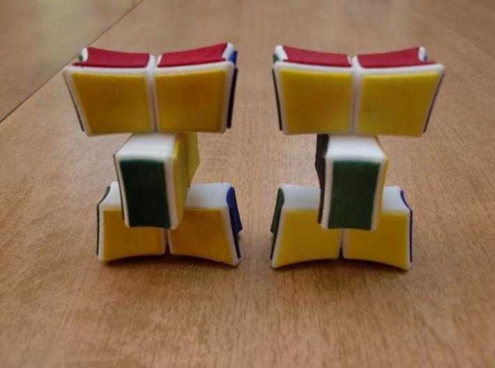 Inverted 1x2x3 V2 3d printed Turning (V2 on right)