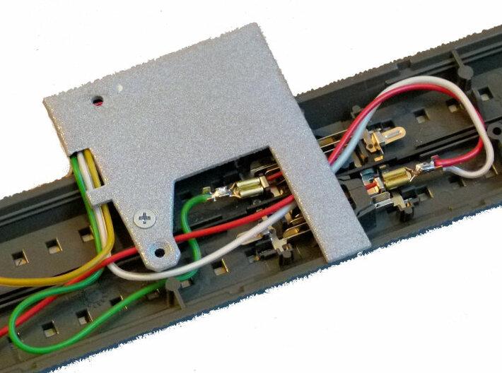 SBB-Lichtsignal für Märklin C-Gleis im Eigenbau 3d printed Signalbefestigung am C-Gleis