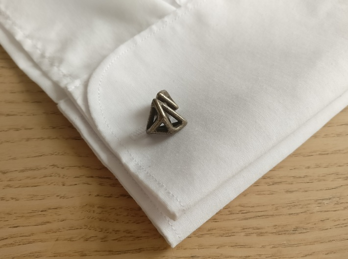 Triangular cufflink twisted 3d printed