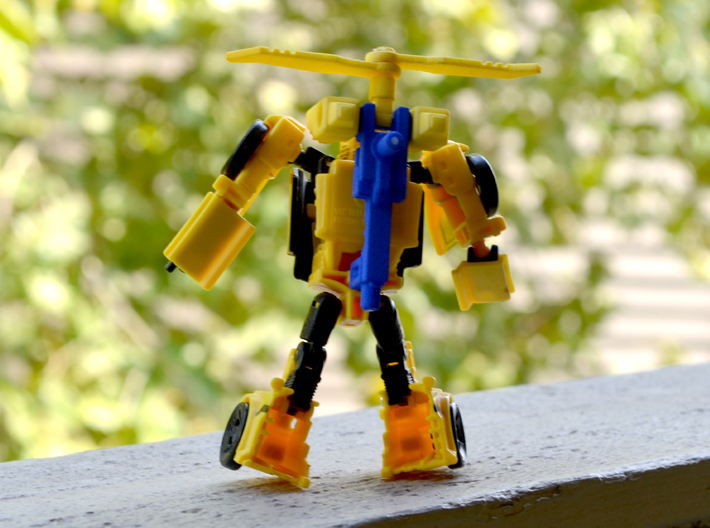Bumblebee's Helipack (Titans Return) 3d printed Helipack made from two prints, one in yellow, one in blue.