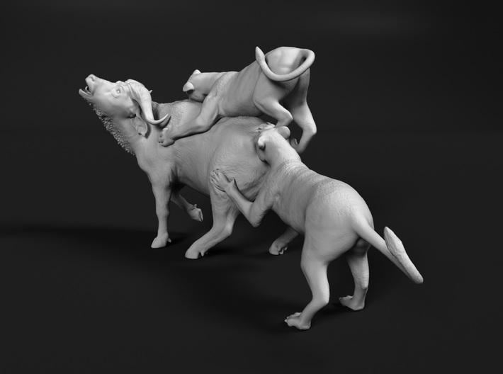 Cape Buffalo 1:72 Attacked by Lions 3d printed