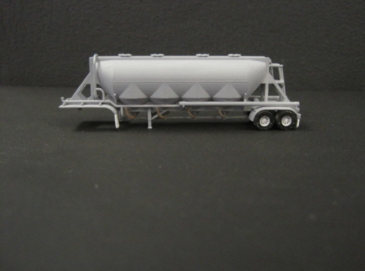N scale 1/160 J&L/Heil 1636 Dry Bulk Trailer 18 3d printed After a quick clean, a coat of grey primer & then the pipes, tyres, lights & mudflaps were painted.