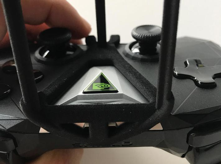 NVIDIA SHIELD 2017 controller & Wiko Robby - Over  3d printed SHIELD 2017 - Over the top - front view
