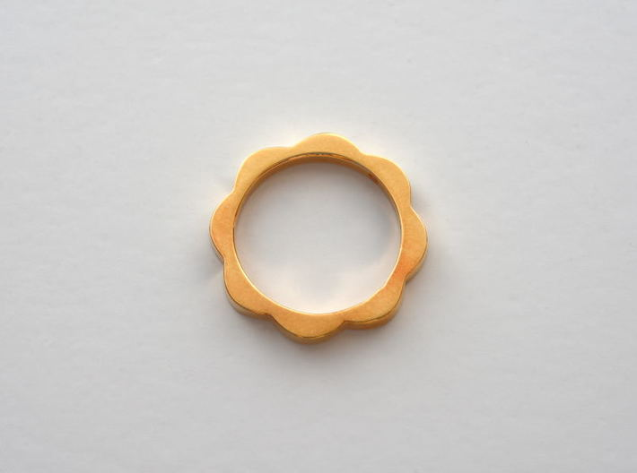 Flower Power Ring S/M 17mm 3d printed