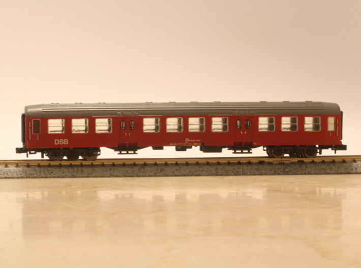 Windows for Bn coach in N scale 3d printed Windows only. Final result.