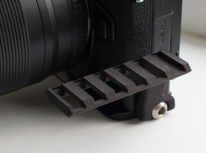 Weaver rail for BOEM-1 (OM-D M1) or BOEM-5 (OM-D M 3d printed V1.0: For differences to current version see description!