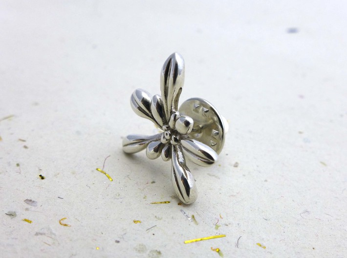 Arabidopsis Lapel Pin -Science Jewelry 3d printed Arabidopsis lapel pin in polished silver