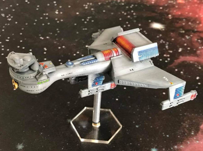 3125 Scale Klingon B10B Battleship WEM 3d printed Ship is in Frosted Ultra Detail material and painted by a fan. Stand not included.