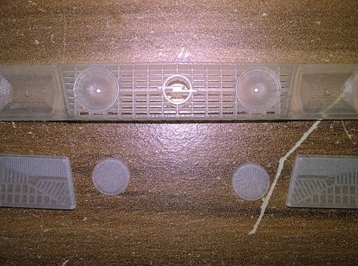 1/24 Front Grill Opel Kadett D 3d printed with additional headlights