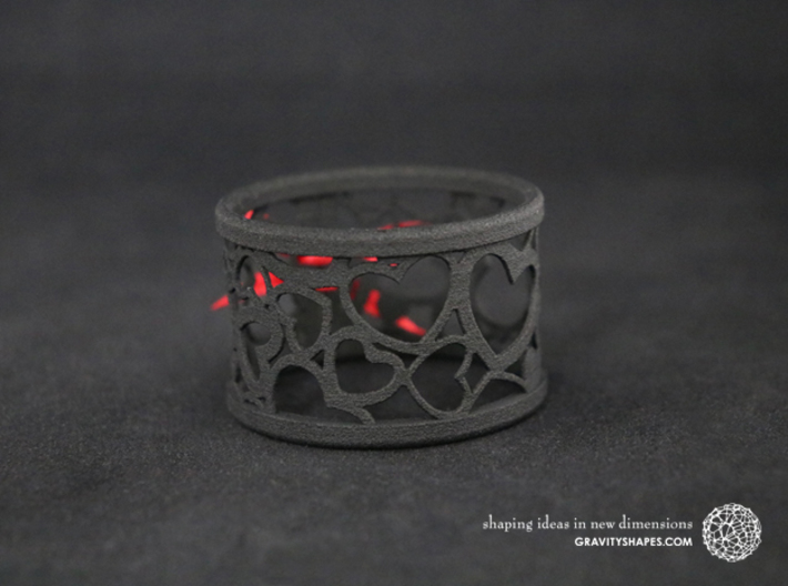 Set of 2 large napkin rings with Hearts 3d printed The photo shows a print made of black strong and flexible incl. red lacing.