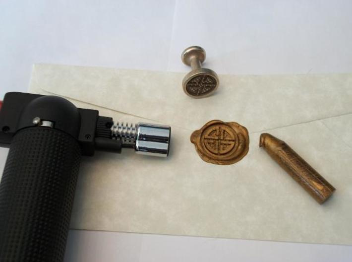 Shield Knot Wax Seal 3d printed Impression & seal