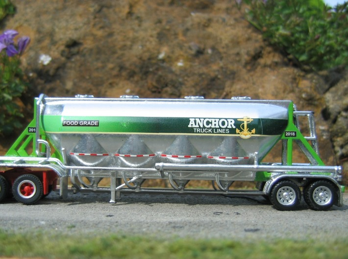HO 1/87 Dry Bulk Trailer 18, J&L/Heil 1636 3d printed Still a work in progress, but I'm pleased with it so far. Herpa wheels/axles, Alclad II chrome & home-made decals.