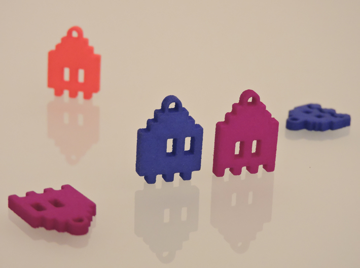 Pac Man Ghost 8-bit Earring 1 (afraid | moving) 3d printed
