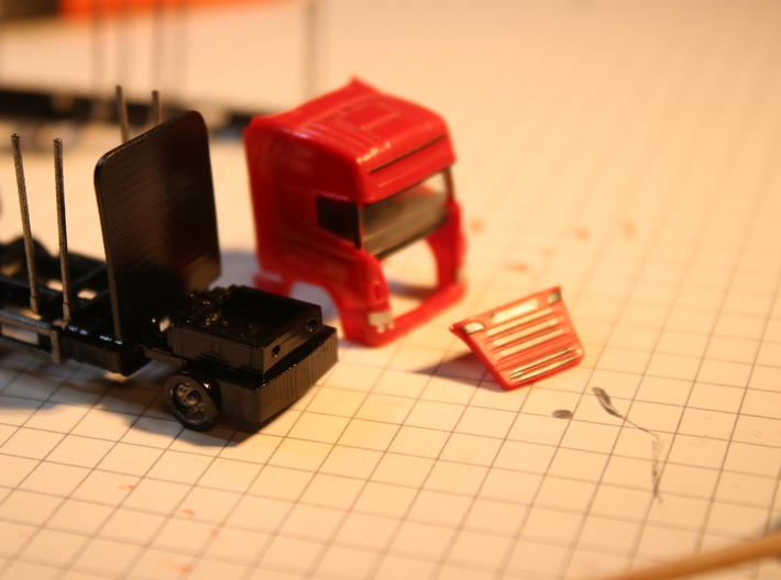Swedish log truck and trailer 3d printed #3 mount the cab on the chasi. (Just as on the Herpa Truck)