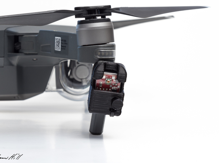 Strobon Cree Standalone Mavic Pro Enclosure 3d printed Slides up and fits snugly facing to the side of the drone.