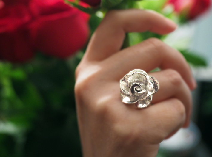 Blossoming Rose Ring 3d printed Polished Silver Rose