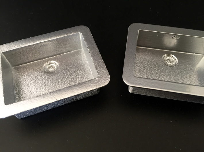 1:12 Sink under counter (kitchen) 3d printed Left: white polished, right: frosted ultra